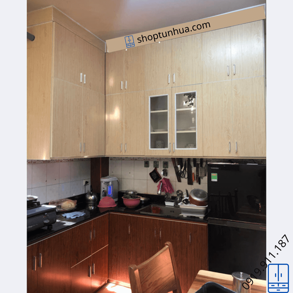Mẫu tủ bếp nhựa nhà Anh Hoàng – Phố Hàng Cót.