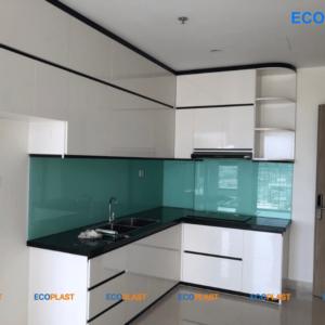 mẫu tủ bếp chung cư bằng nhựa ecoplast